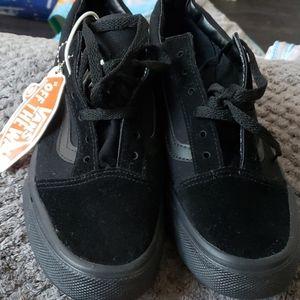 Black New vans
